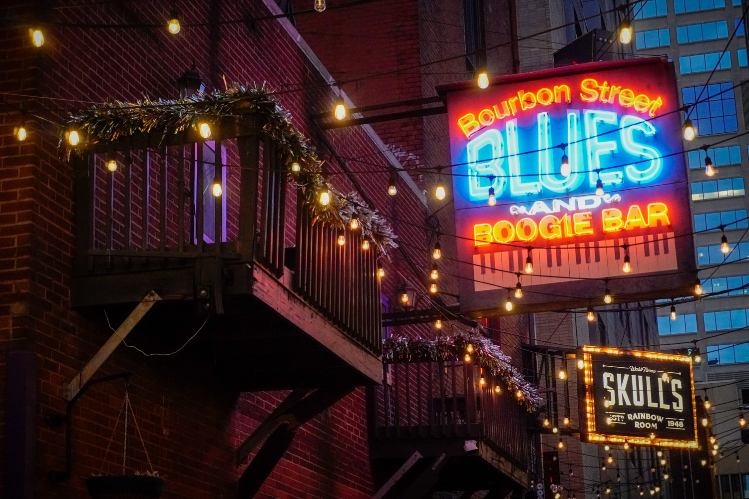 4 Legendary Blues Musicians You Didn't Know Performed at Bourbon Street Blues & Boogie Bar
